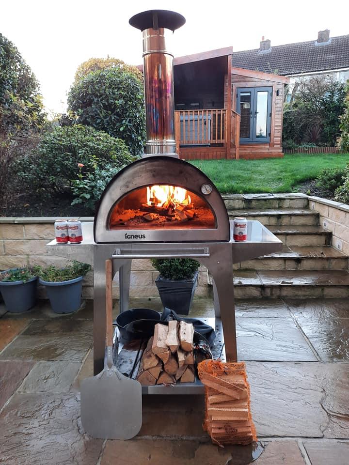 Igneus pizza oven stand