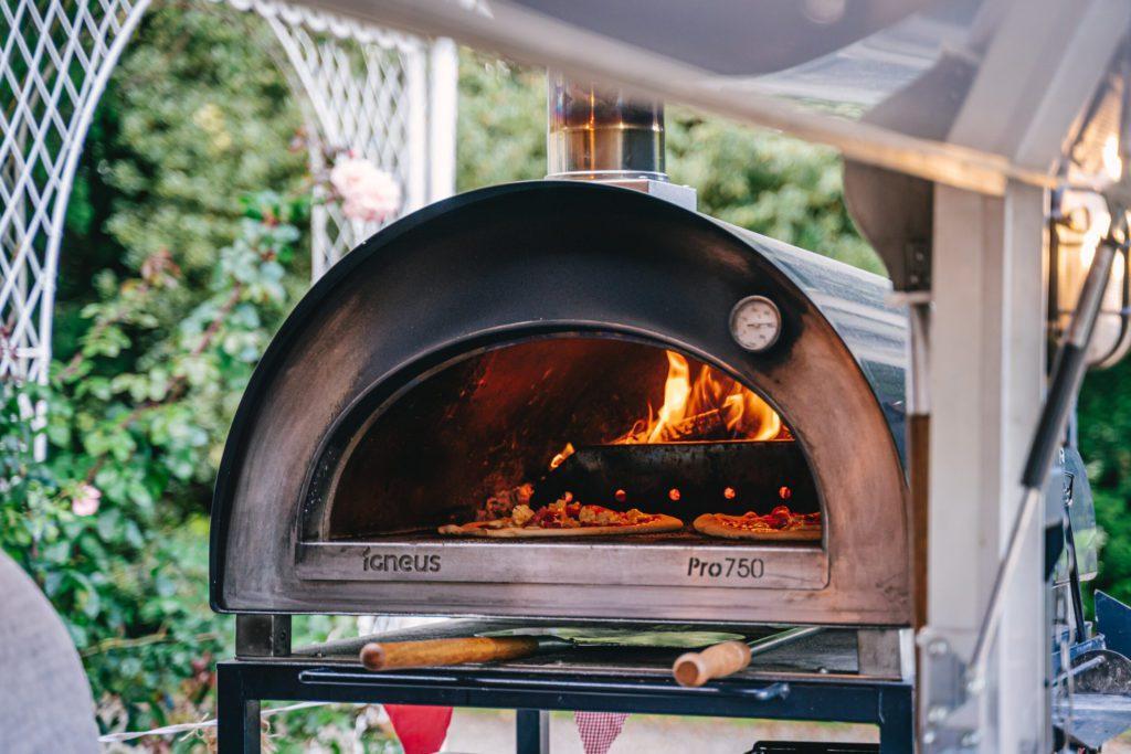 Igneus Pro 750 pizza oven
