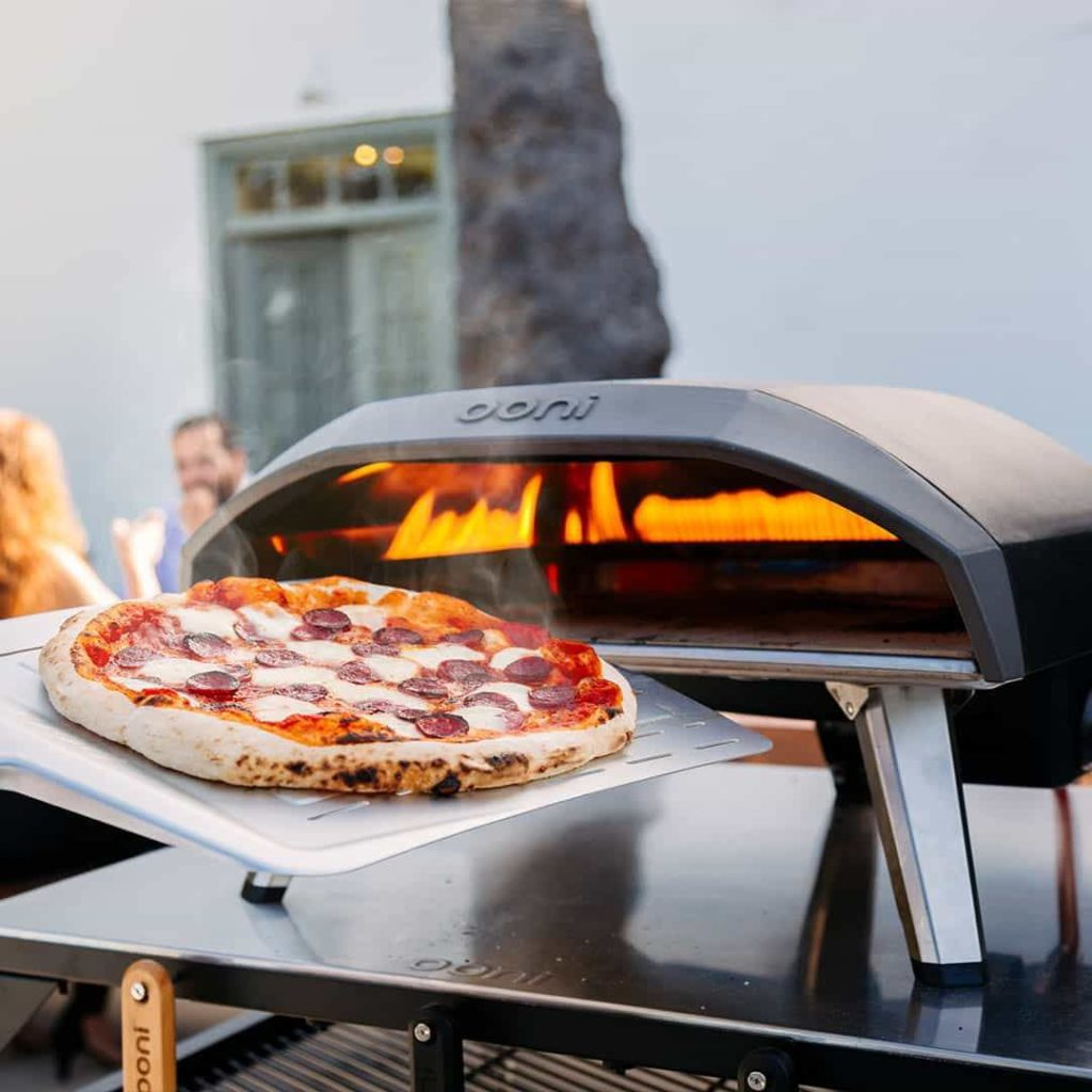 Ooni Koda 16 gas pizza oven