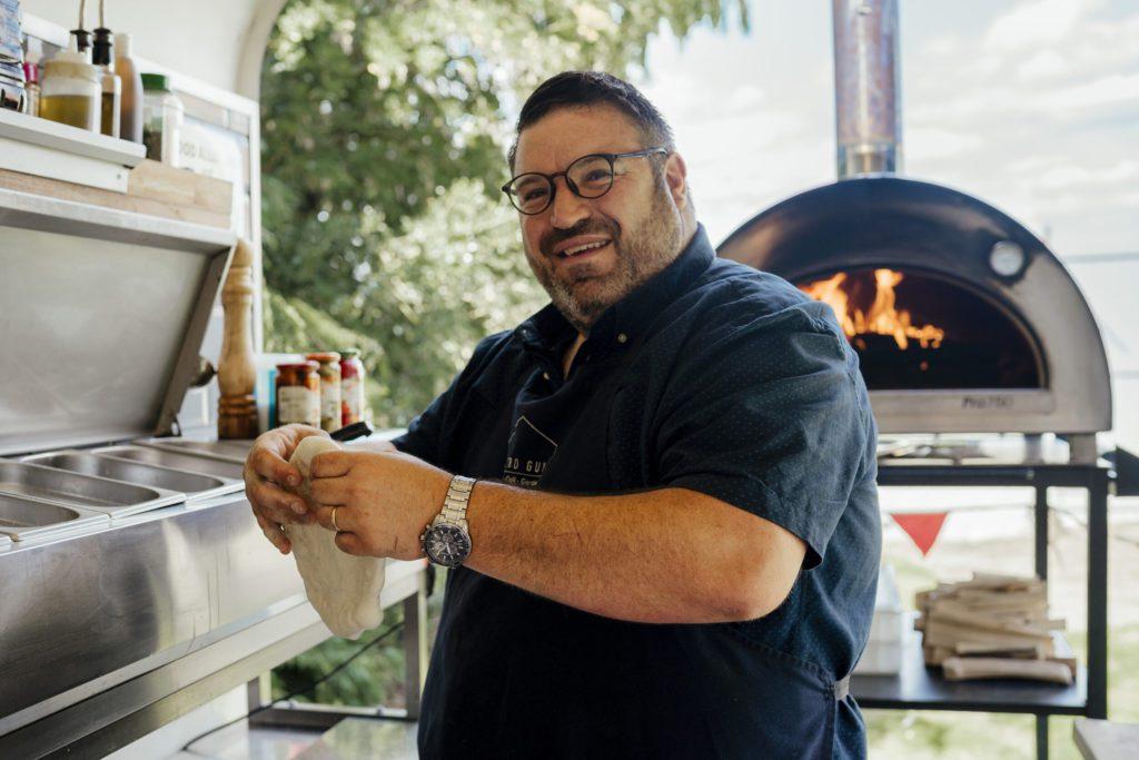 Igneus 750 pizza oven
